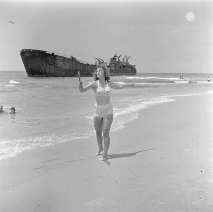 rare photos tel aviv beach