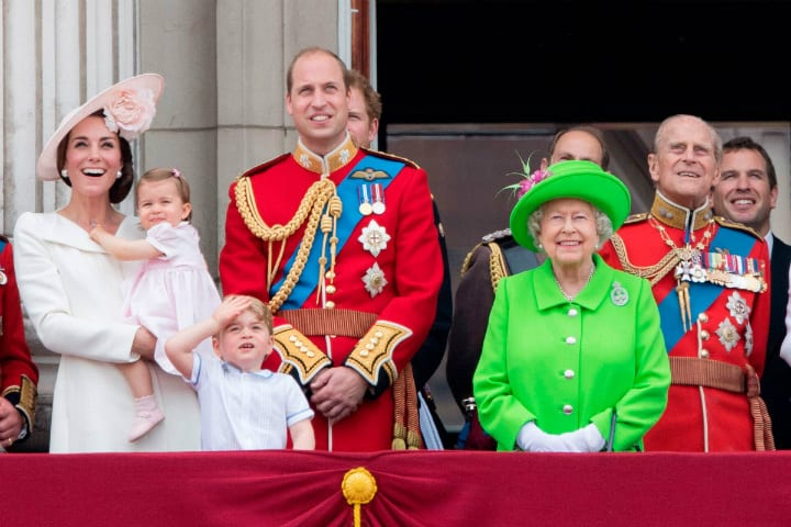 Buckingham Palace - Queen Elizabeth Wears Neon Colors to Stand Out