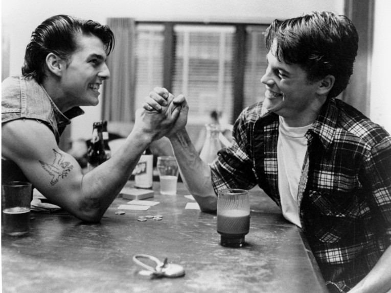 the-outsiders-tom-cruise-rob-lowe